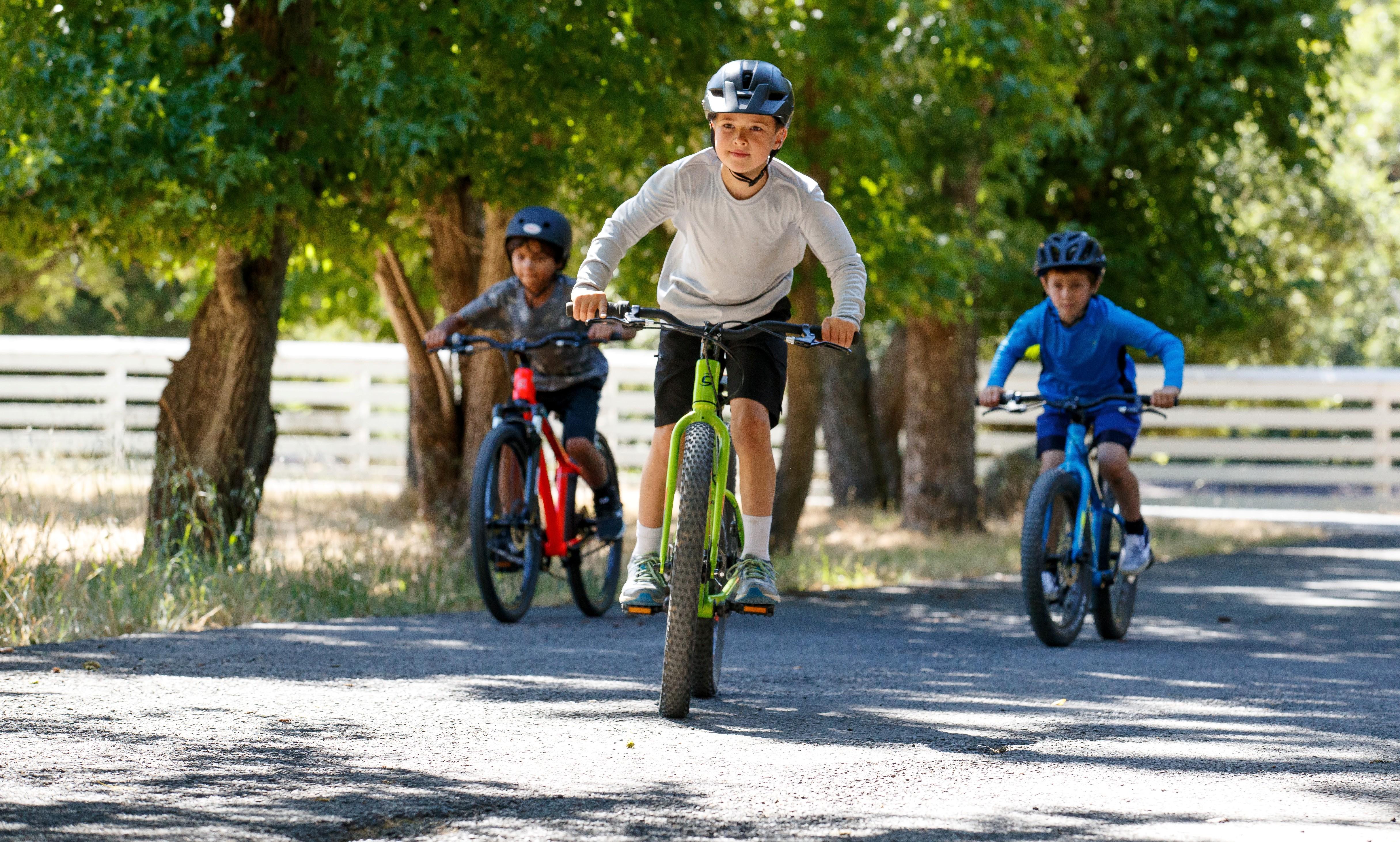 enfants vélos